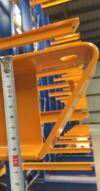 ONE2ID etiketten draagarmstelling magazijn