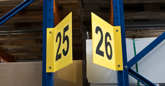 ONE2ID borden magazijn stelling gandpad V-bord