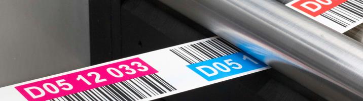 ONE2ID magazijnlabels met kleurcodering en barcode