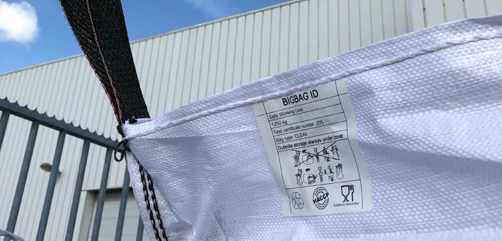 weerbestendige etiketten met barcode buitengebruik ONE2ID