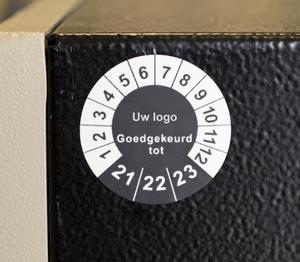 ONE2ID keuringsstickers fraudebestendige etiketten apparaten machines keuring