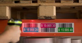ONE2ID retro reflective labels magazijnlabels long range scannen