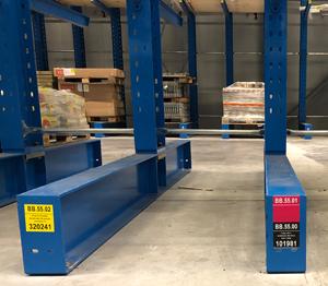 ONE2ID draagarmstelling labels barcode etiketten magazijn