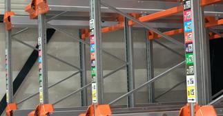 ONE2ID locatieborden magazijn gangpad stelling
