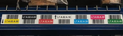 ONE2ID magazijnlabels stellingen kleuren barcode scannen