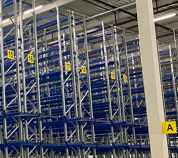 ONE2ID Warehouse location and aisle signs