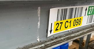ONE2Id Schoonmaken magazijnstellingen magazijnlabels met barcode